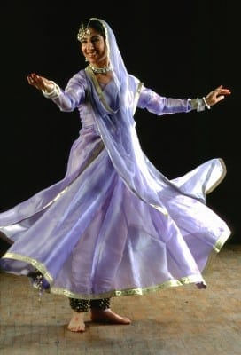 1/1 - TALES OF THE BODY AND SOUL Dance and Music from the North of India (credit: R. Fanelli)